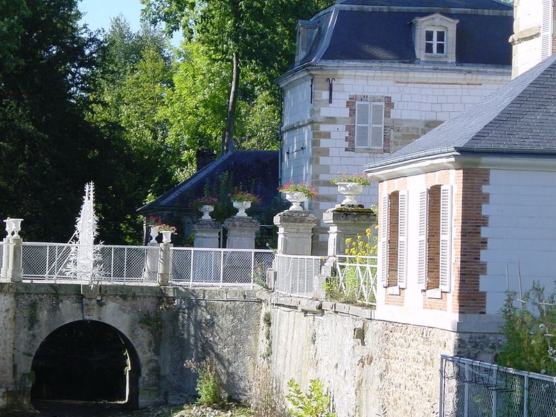 ' COTTAGE' Gîte de charme  en Champagne près du vignoble . – semesterbostad i Marne