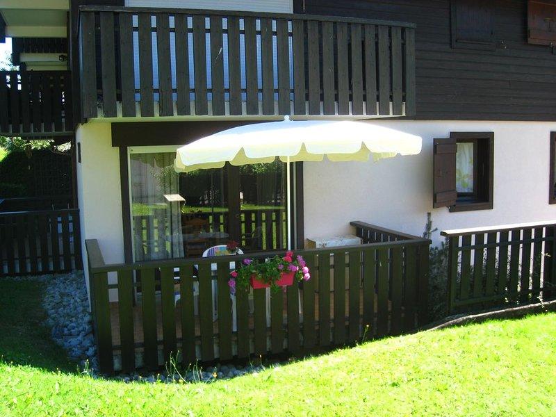 Charming studio facing Mont Blanc, location de vacances à Cordon