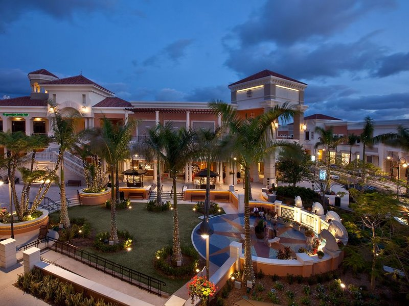The village at gulfstream park, entertainment, shopping & dining