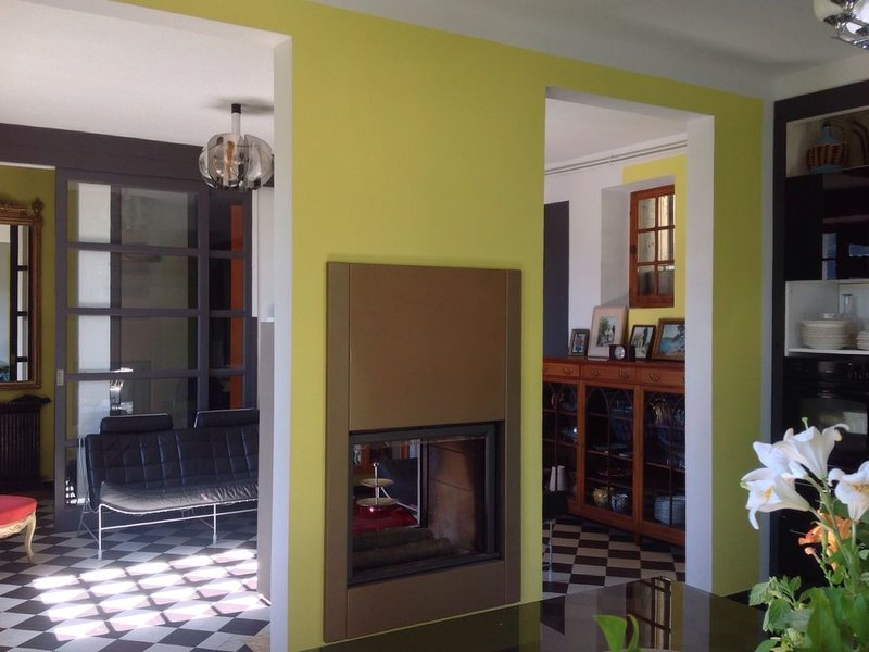 Villa 'Vintage' en lozere, holiday rental in La Canourgue