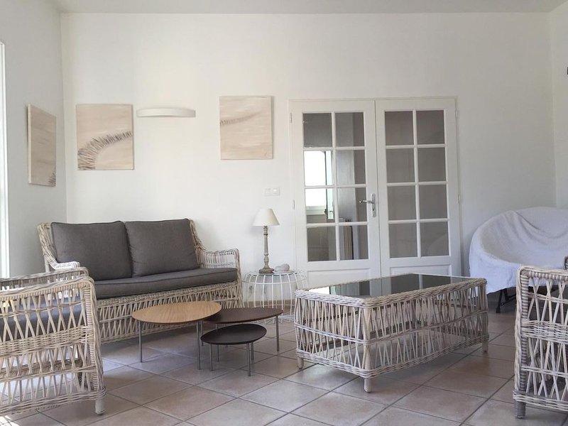 Maison ultra confort classée 4 *, plein centre 5 mn plage à vélo, vacation rental in Capbreton