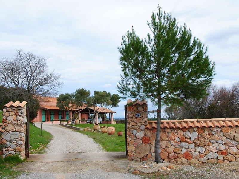 Sérénité face à l'étang de Thau - classé 3 étoiles -, holiday rental in Bouzigues