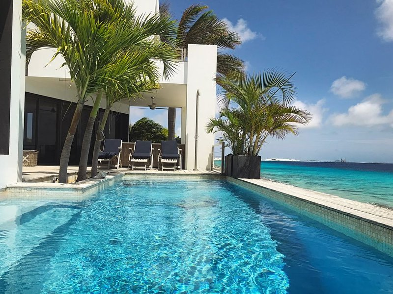 ***BEST Oceanfront Villa on Bonaire***, holiday rental in Belnem