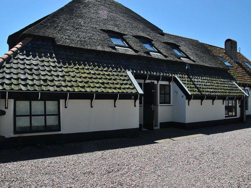 Charming Holiday Home in Texel near Sea, location de vacances à Den Burg