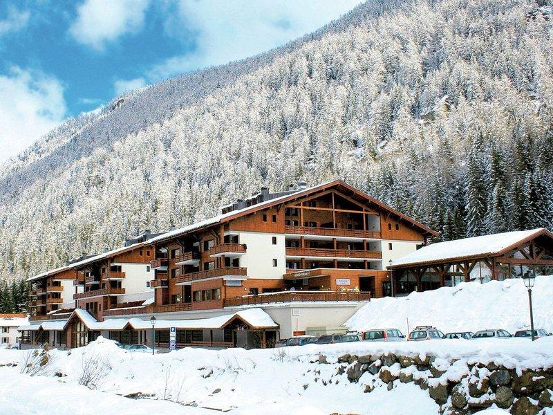 Modern apartment in the authentic Savoyard mountain village, alquiler de vacaciones en Les Marecottes