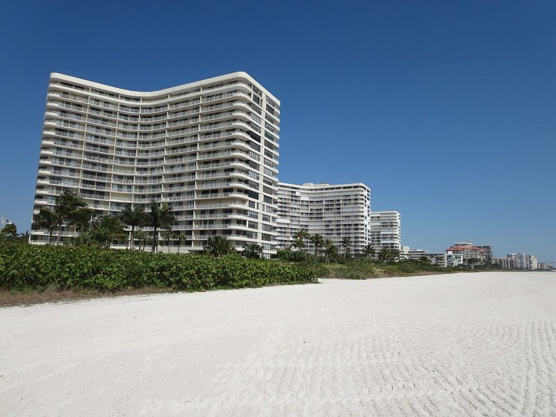 11th Floor Overlooking Tiger Tail Beach with views of 31 Acre Nature Preserve.