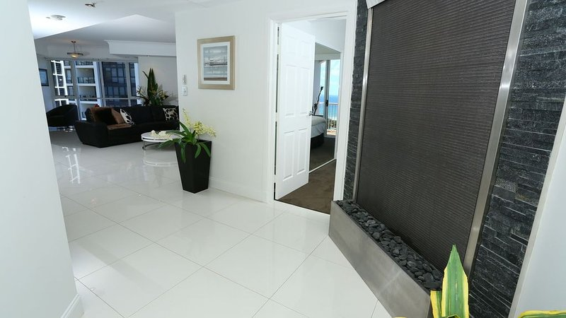 Bel Air - Luxury Penthouse in Broadbeach, alquiler de vacaciones en Broadbeach