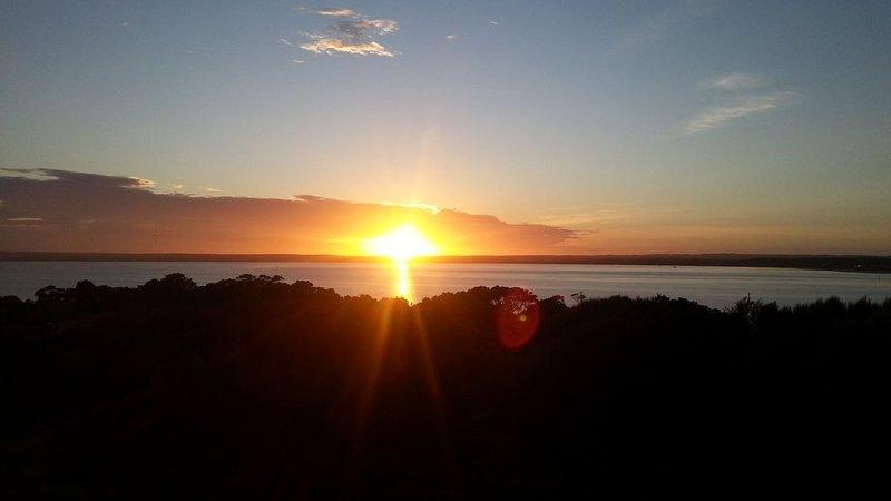 Port des Pelicans - peaceful ocean views, alquiler vacacional en Isla Canguro