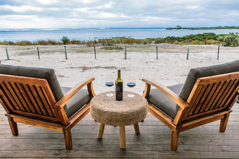 Samphire, Absolute Waterfront, holiday rental in Kangaroo Island