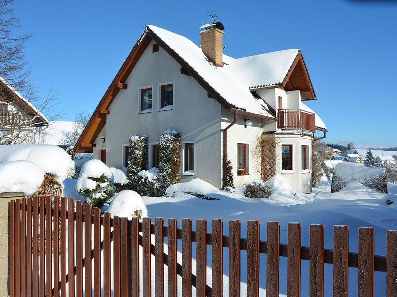 Spacious Holiday Home in Bozkov with Private Garden, holiday rental in Lisny