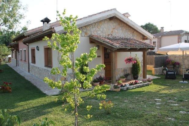 Casa rural (alquiler íntegro) Las Casitas de La Velilla para 4 personas, holiday rental in Castroserna de Abajo