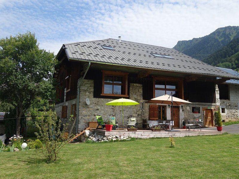 Maison savoyarde du 17ème siècle, holiday rental in Gilly-sur-Isere