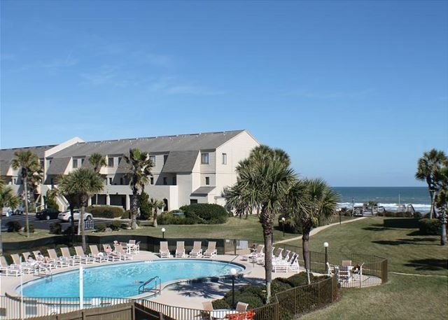 Summerhouse 342, Ocean View Condo, Steps To The Beach, vacation rental in Saint Augustine Beach