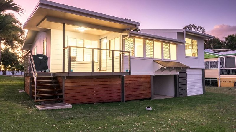 Jack's Shack - Beach Front Piece of Paradise, holiday rental in Fraser Coast