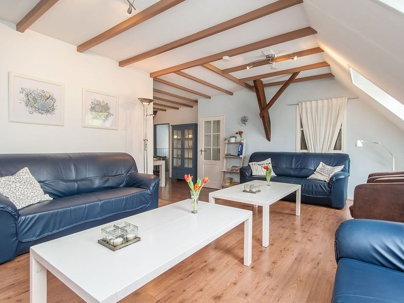 Inviting Farmhouse in 't Zand with Garden, vacation rental in Anna Paulowna