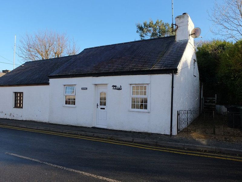 2 bedroom property in Amlwch and North Anglesey Heritage Coast. Pet friendly., alquiler vacacional en Amlwch