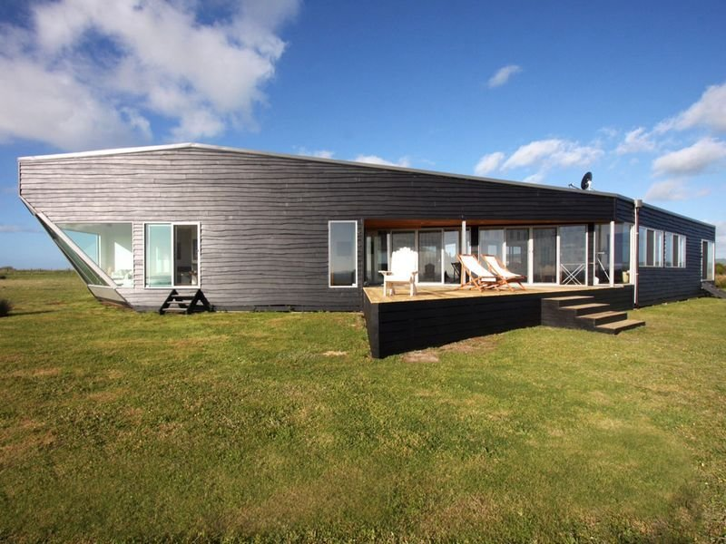 Absolute Waterfront : 20 acre Hideaway : Sea Views from Every Window, holiday rental in Loch