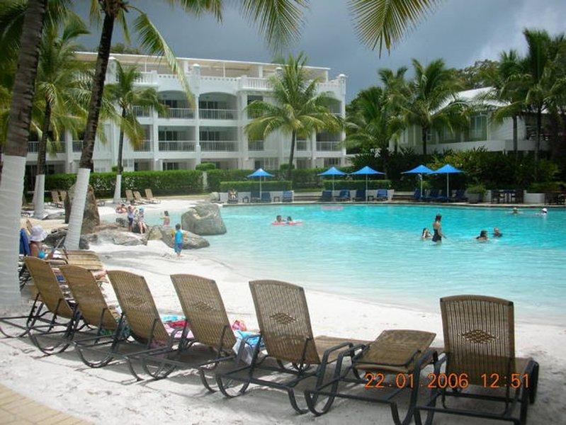 Palm Cove - AA Beach Club & Spa, Palm Cove, vacation rental in Palm Cove