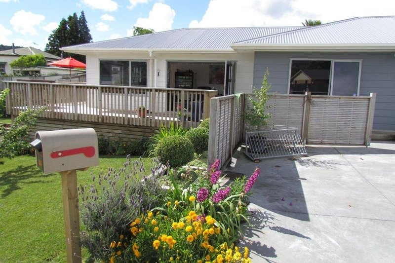 Comfy home opp Gilmour Lake., vacation rental in Te Aroha