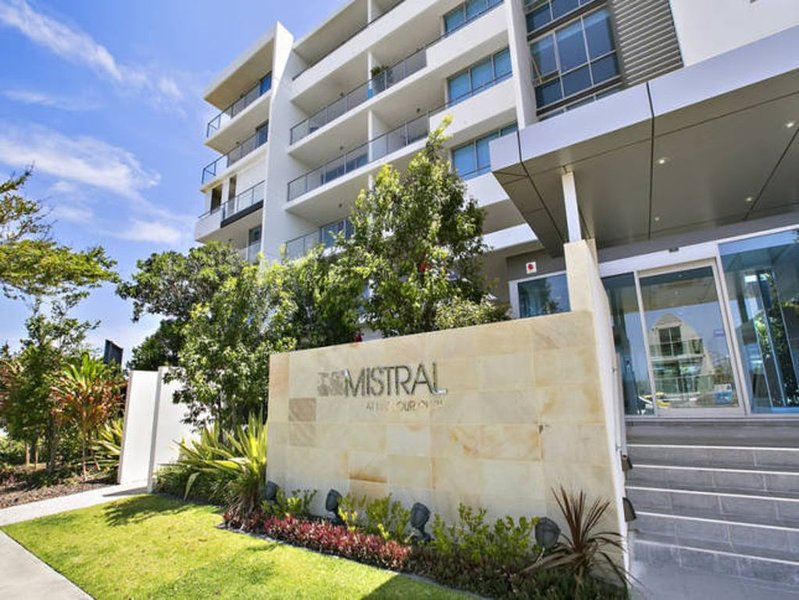Harbour Town - Mistral (FREE CAR SPACE & WIFI), holiday rental in Gold Coast