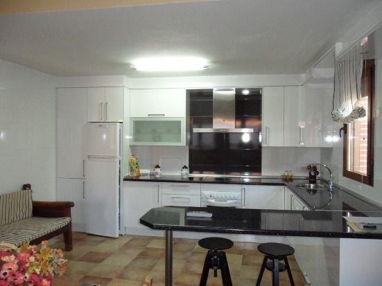 Casa Rural Los Abuelos para 3 personas, holiday rental in Pradosegar