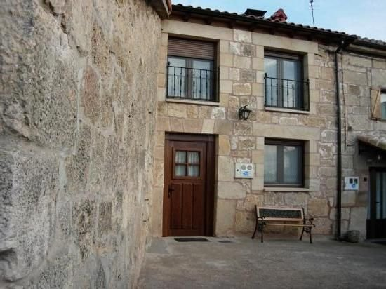 Casa rural (alquiler íntegro) La Cabaña de Mozoncillo para 10 personas – semesterbostad i Buniel