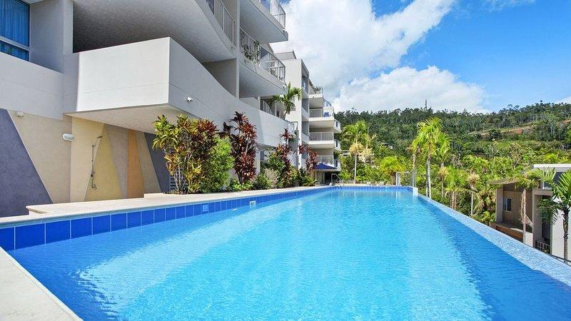 Azure Sea Whitsunday Resort 2br, holiday rental in Jubilee Pocket