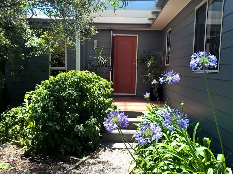 Munn Street Mews-House with complimentary Wi-Fi, holiday rental in Merimbula
