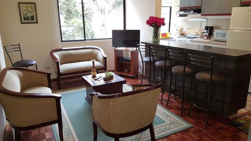 Luxury Apartment in the middle of the world, Quito-Ecuador, holiday rental in Mindo