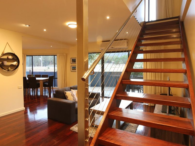 If you're after long  or short rental please contact us., Ferienwohnung in Halls Gap