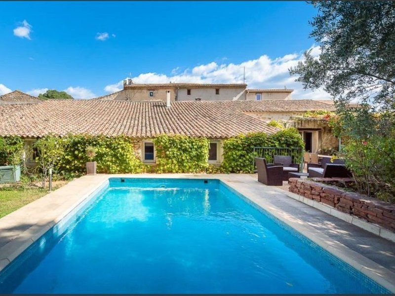 Old sheepfold of the XVII th century between vineyards and garrigues!House with, holiday rental in Aniane
