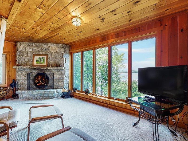 Waterfront log cabin w/ dock, firepit, deck & incredible lake views - Dogs OK!, holiday rental in Greenville