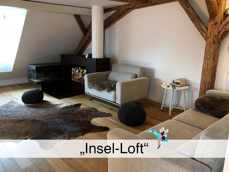 Maisonette auf der Lindau Insel, luxuriös mit Dachterrasse und 2 Schlafzimmer, holiday rental in Wasserburg