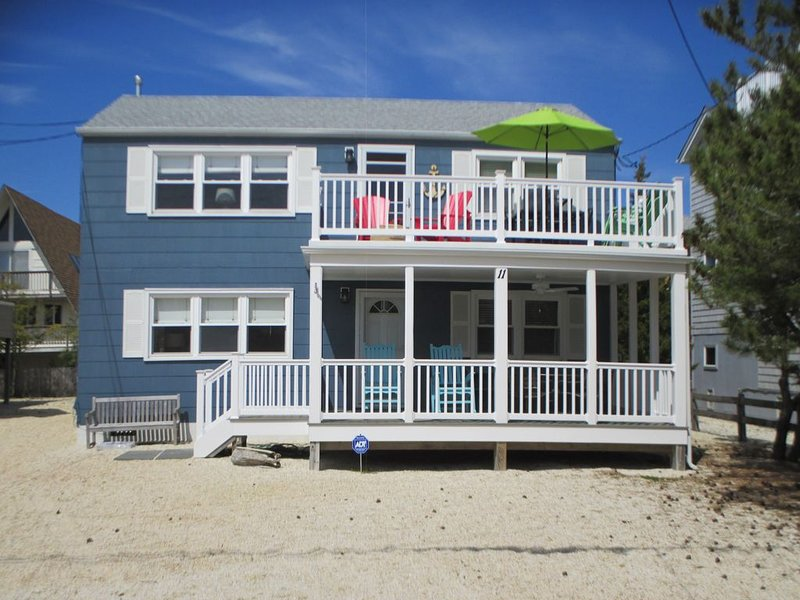 Walk to beach , bay, shopping & restaurants , sunset views  at the end of our st, vacation rental in Harvey Cedars