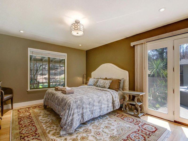1 quarto com cama king size