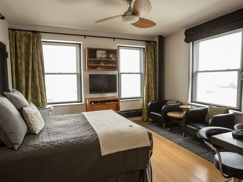 Downtown Historic Wilma - urban  lifestyle, holiday rental in Huson