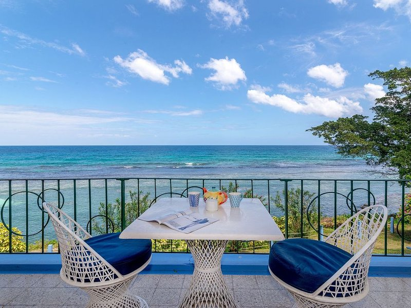 Waterfront ,  minutes from the beach, self catering, 24 hr security,, vacation rental in Ocho Rios