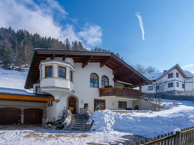 Spacious modern holiday home between Bad Hofgastein and Bad Gastein, aluguéis de temporada em Bad Hofgastein