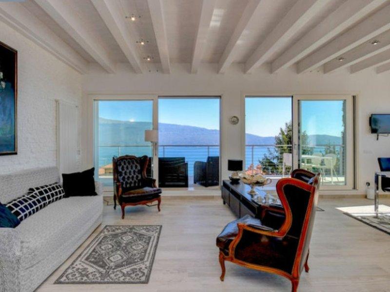 Maison du Lac Luxury 2 Pulciano, casa vacanza a San Giorgio