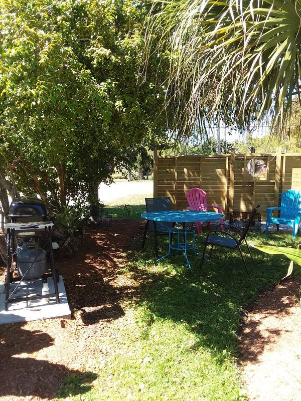 private front yard for grilling and eating outdoors