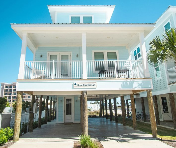 Kid Friendly Vacation Home in Gulf Shores with 3 Bedrooms and Easy Beach Access, location de vacances à Gulf Shores