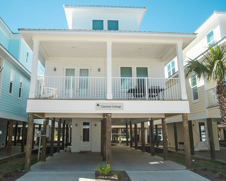 Cottage by the Sea- The Perfect Family Friendly Getaway, location de vacances à Gulf Shores