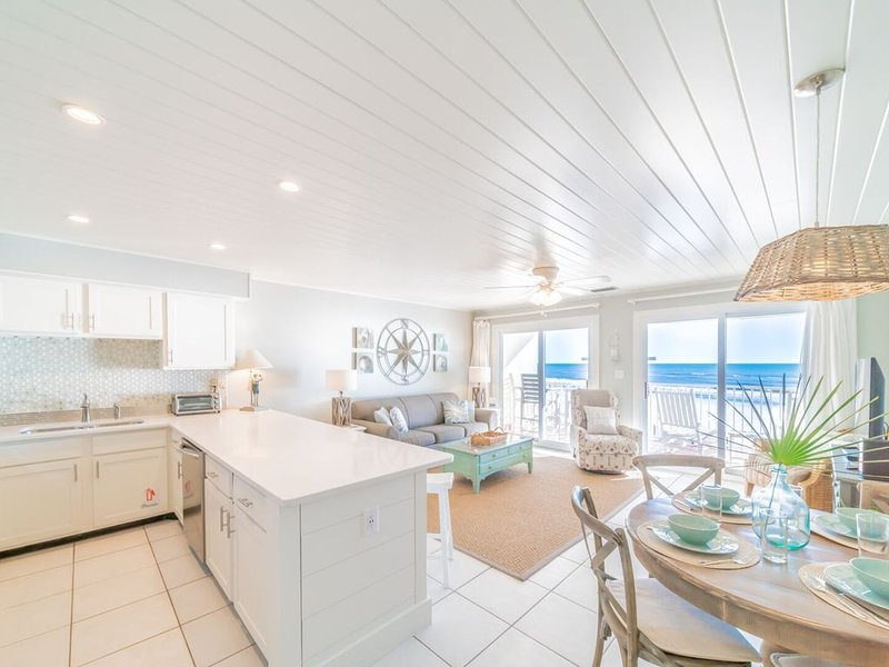 I See The Sea! From this delightful Eastern Shores Condo Seagrove FL. – semesterbostad i Santa Rosa Beach