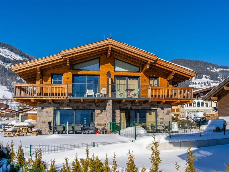 Cozy Chalet near Ski Area in Piesendorf, location de vacances à Piesendorf
