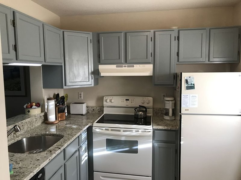 Kitchen (updated 2019)