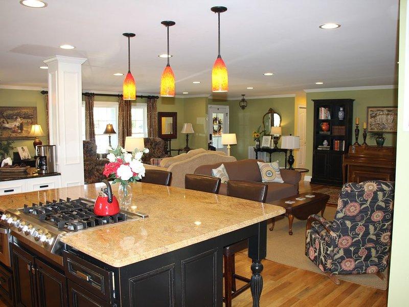 Southern Comfort in The Boro,LLC Warm, comfortable, clean and a great location!, alquiler de vacaciones en Murfreesboro
