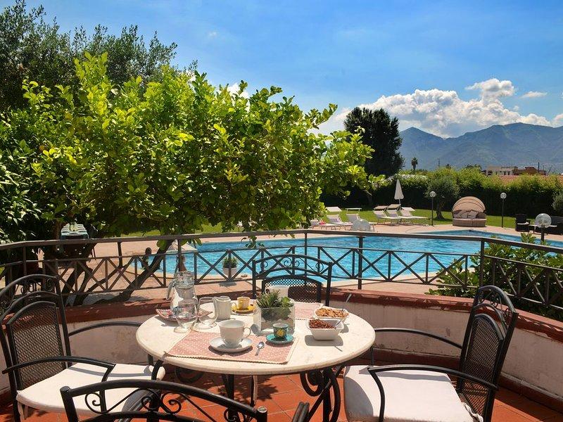 POMPEII GARDEN HOUSE, holiday rental in Sant'Egidio del Monte Albino
