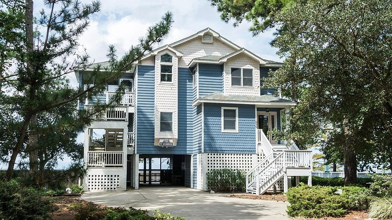 Beach, Golf, Water Sports, Restaurants, Shopping...the perfect OBX vacation! – semesterbostad i Corolla