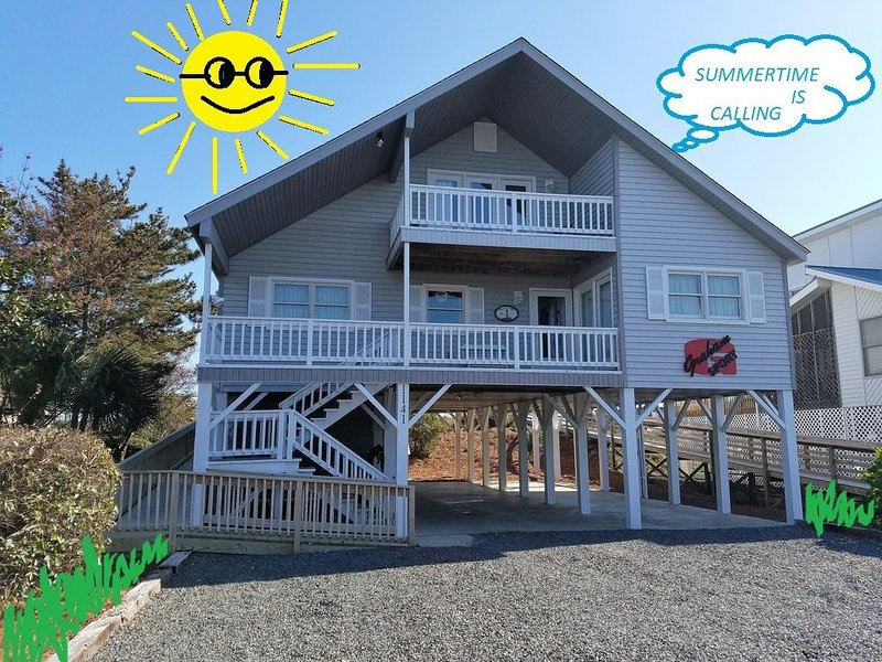 Oceanfront House 5BR/3BA Ramp No Steps Newly Updated WiFi Linens Included Cable, location de vacances à South Brunswick