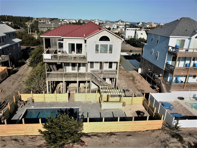 Oceanfront! Heated Pool! Granite! Stainless! Wood Floors! Game Room!, holiday rental in Waves